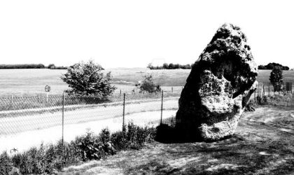 A small piece of Stonehenge by kocco