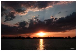 Sunset 080410 by PeterDeBurger