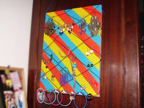 How to make a jewelry canvas by inezzitah