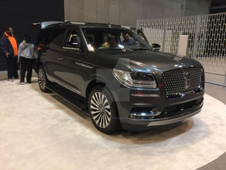 Lincoln Navigator by iannathedriveress