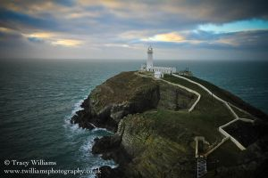 South Stack Light House by twilliamsphotography