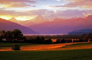 Morgens in der Schweiz by jimmybondy