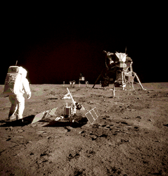 Historically Accurate Moon Landing by inkoalawetrust