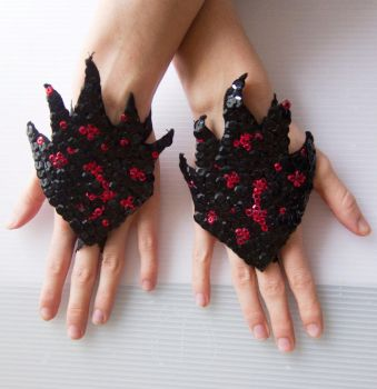 Chinese leaf gloves by feeora