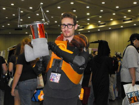 Gordon Freeman Cosplay by kungpow12345