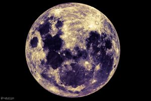 Full moon color by CyclicalCore