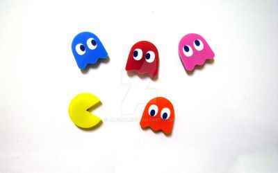 Pacman Fridge Magnets by Alecat