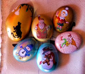 christmas painted rocks by ahembe