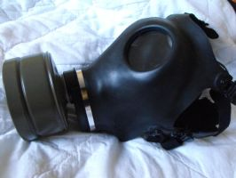 Gas mask 3 by Eisoptrophobic-stock