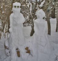 Auron and Lulu Snow Sculpture by auronlu