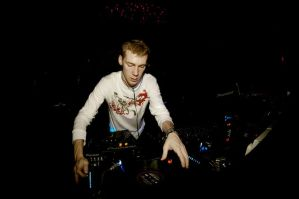 Ministry of Sound 1 by bumorticc
