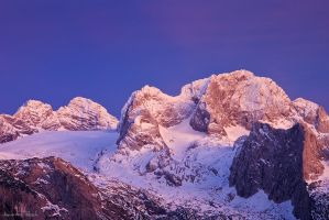 Last Light on the Dachstein by AndreasResch
