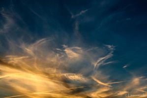 Flowing Clouds by Linsenmodus