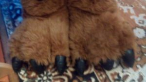 Bear paws slippers by FordTaurus