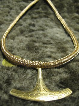 Viking Age Necklace made from Bronce-wire by Heidenwerk
