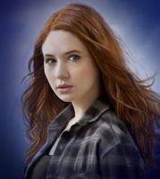 Amy Pond by Loeselit