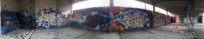 wide-ass graffiti panorama by MouseClock