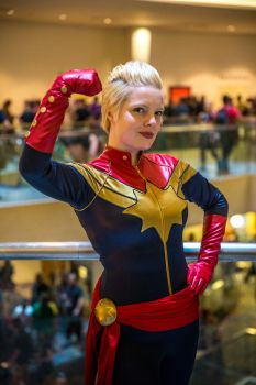 Captain Marvel by galacticat