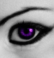 Violet Eyes by chaos-kristina007