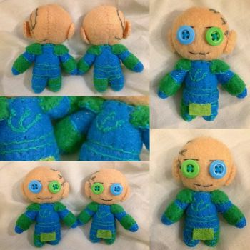 Warhammer - Primarchs Alpharius Omegon plushies by Jack-O-AllTrades