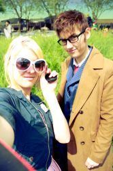 Rose Tyler and the Doctor by Seikoun
