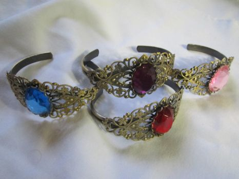 Antique Brass Rhinestone One-Size-Fits-All Bangle by SnowBunnyStudios