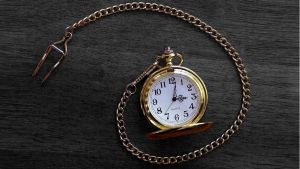 Pocketwatch b+w background by frostyvamp