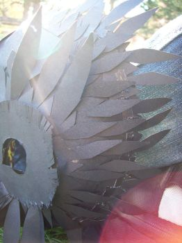 crow mask, feather detail by lhinelle