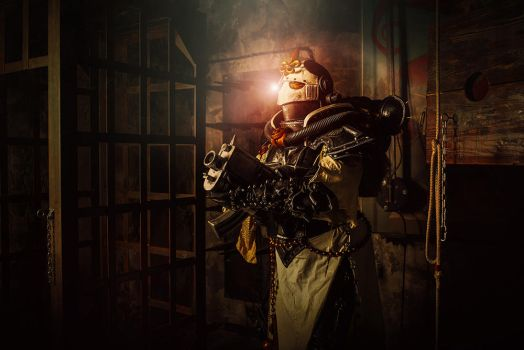 Warhammer 40,000 Cosplay - Sister of Battle by alberti