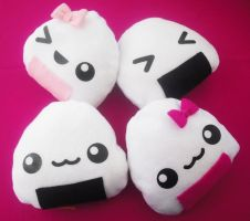 Onigiri Pillows by Insomniac-Princess