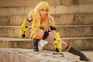 Yang Xiao Long - RWBY by Vicky-pxp