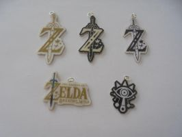 zelda breath of the wild necklaces by Vavercraft