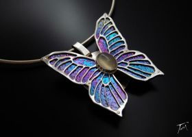 Titanium Butterfly by tdgdeviant