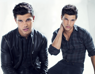 Taylor Lautner Wallpaper by mid-day-delusions