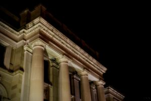 Courthouse 3 by robertllynch