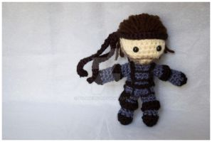 solid snake amigurumi by pirateluv
