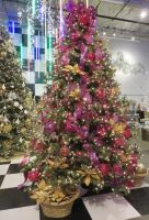 Magenta and Gold Christmas Tree by ShipperTrish