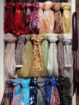 2017-0204-003 Assorted knots of colors by czoo