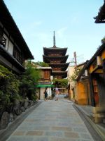 Yasaka-no-to Pagoda Kyoto by RunaFire