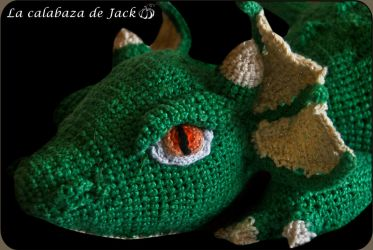 Green crochet dragon by cristell15