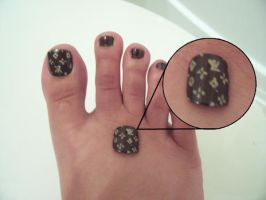 Louis Vuitton Toe Nails by CourtHouse
