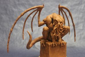 Crouching Gothic Cthulhu by shaungent