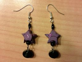 lilac paper star earrings with black beads by syn-O-nyms