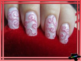 Beady Swirls Nailart by Yamialexa