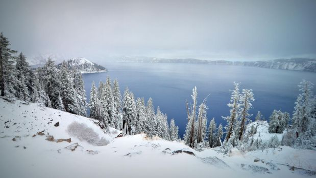 Crater Lake by esee