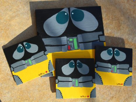 Wall-E Wooden Paintings by SkipperSara