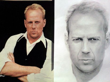 Bruce Willis with the reference photo by LaLiDigital