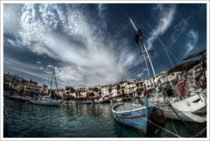 Cassis city. by Graphylight