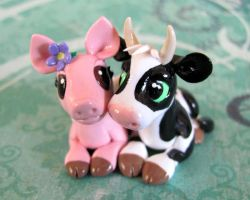 Cow and Piggy In Love 2 by DragonsAndBeasties