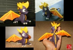 Spyro the Dragon Clay Figure by SuperSkyseeker